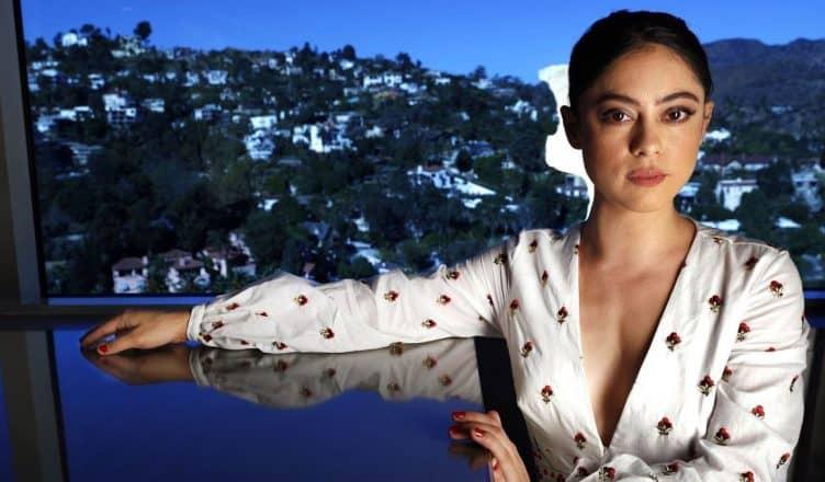 Rosa Salazar Net Worth, Boyfriend, Parents, Wiki-Bio   TV Show Stars