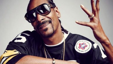 Snoop Dogg net worth is $135 million.