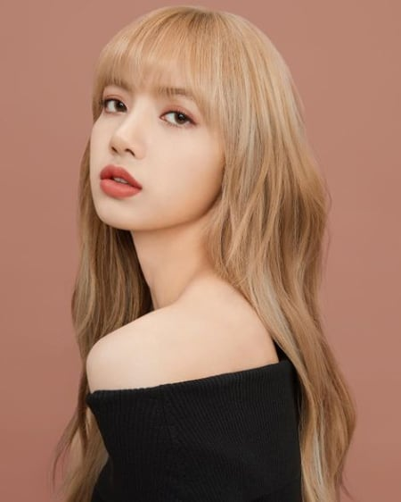 Lisa Manoban Biography Age Height Blackpink Net Worth Real Name