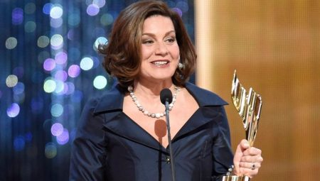 Lisa LaFlamme won award