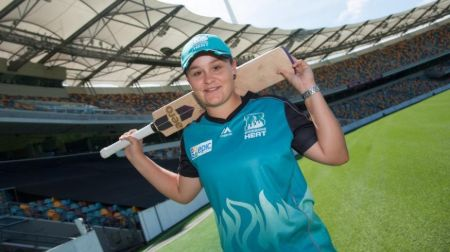 ashleigh barty cricket