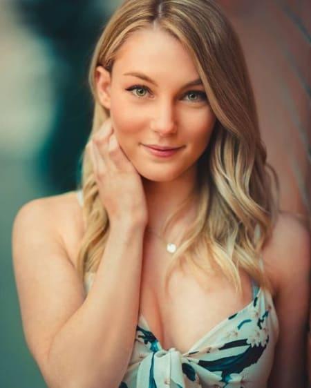 Lisa Peachy age