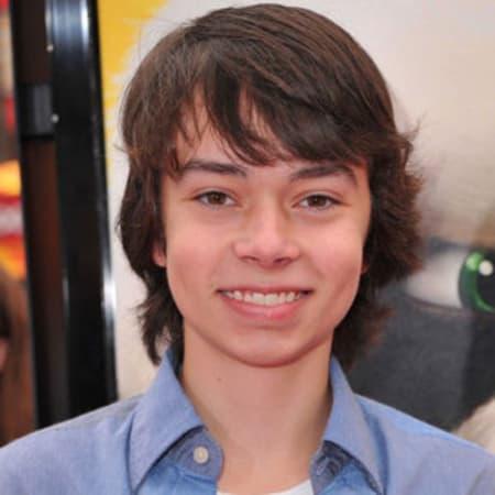 Noah Ringer age