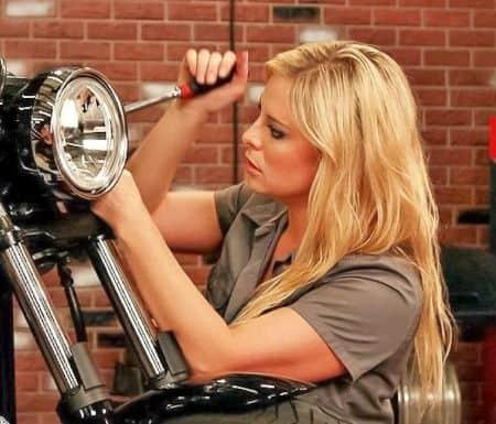 All Girl Garage cast