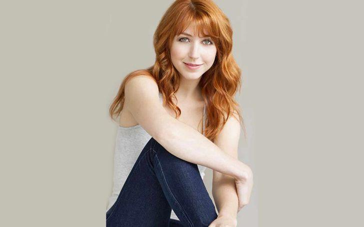 Lisa Foiles age
