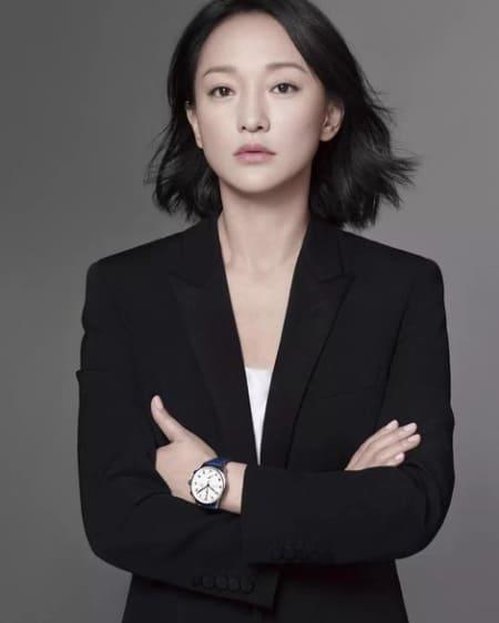 Zhou Xun age